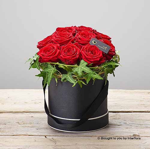 Crimson Rose Hatbox