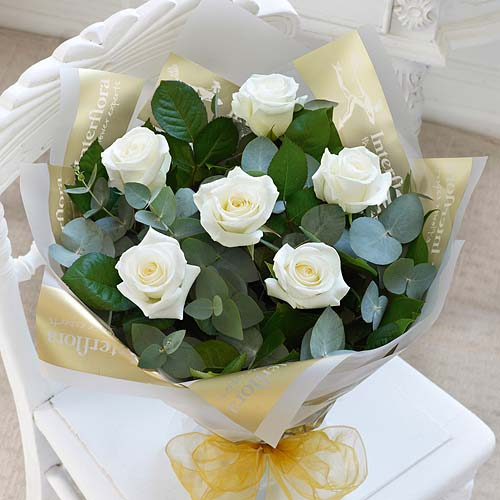 6 Rose Hand-tied White